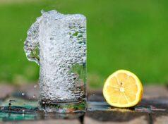 Confira os Benefícios de Beber Água Para Ficar Com o Corpo Saudável